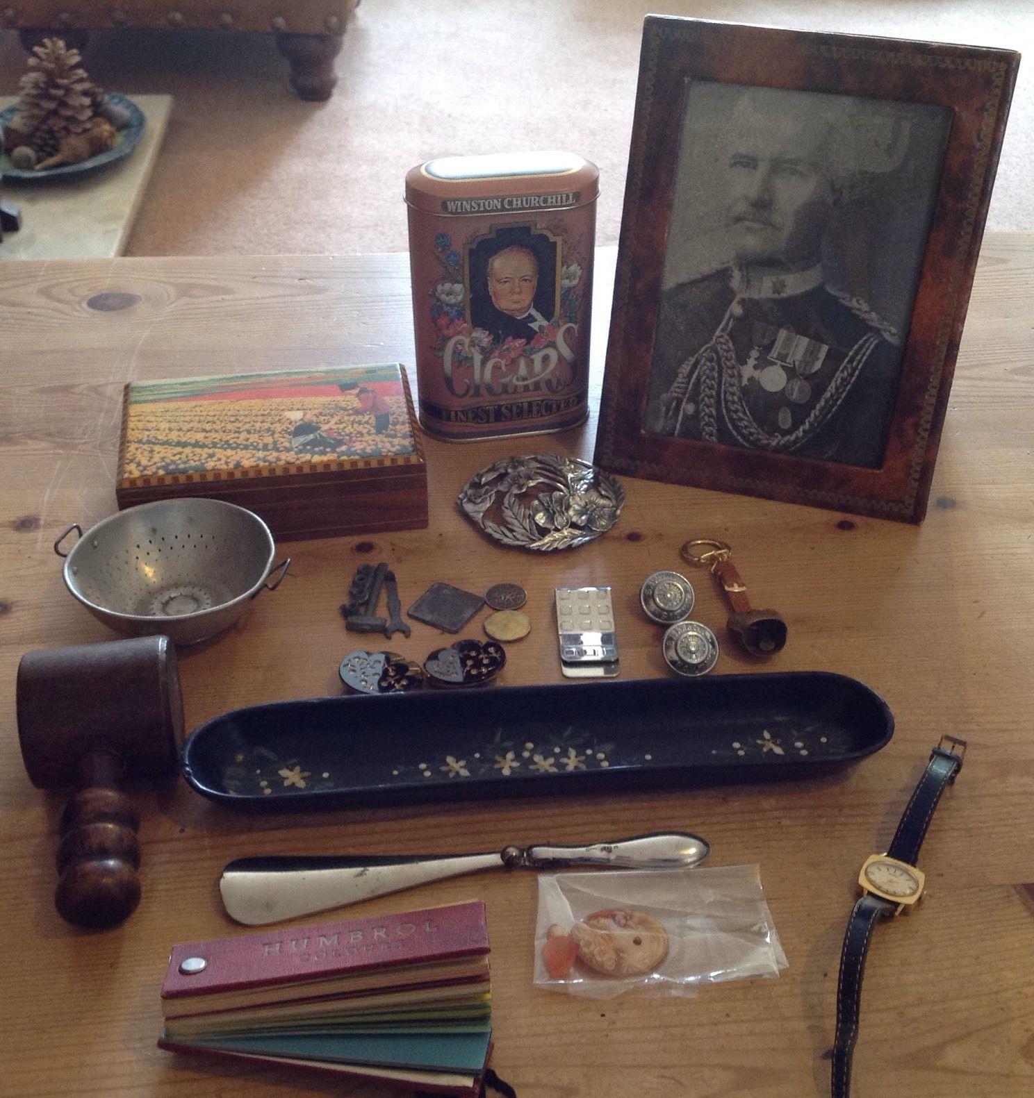 JOB LOT ANTIQUE/VINTAGE COLLECTABLES & CURIOS – Birmingham Silver/cameo/pen Tray