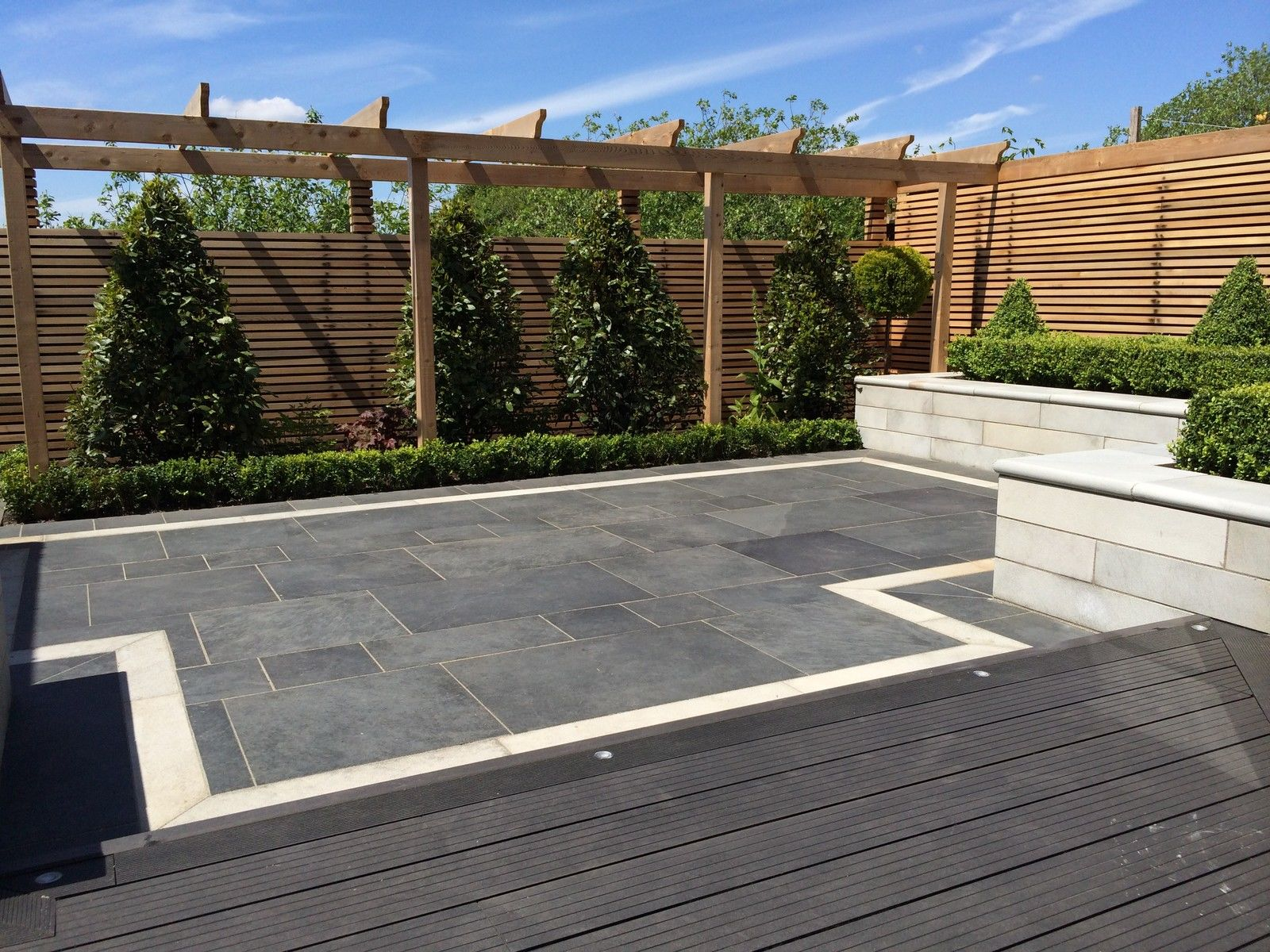 Composite Decking Clarity Charcoal 10 Square Metre Pack (incl. fixings)