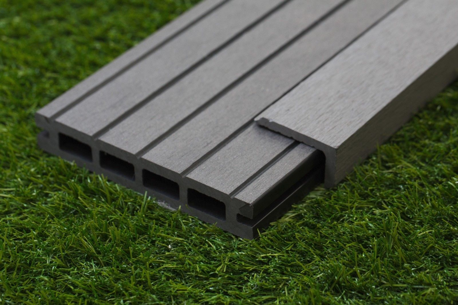 GREY COMPOSITE DECKING 25 SQM METRES KIT BOARDS /& CLIPS FIXINGS PACK WPC Plastic