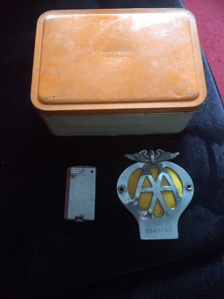 Job lot of previous vintage classic collectables AA Badge Sandwich Field Lighter